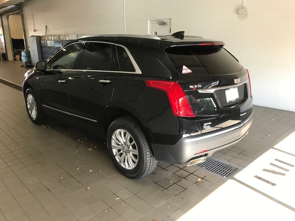 Used 2018 Cadillac XT5  with VIN 1GYKNBRS3JZ176820 for sale in Buffalo, Minnesota