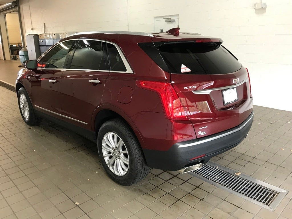 Used 2018 Cadillac XT5  with VIN 1GYKNBRS3JZ182486 for sale in Buffalo, Minnesota